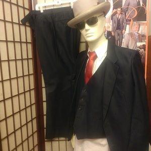 Other - Etienne Caron Tailors suit